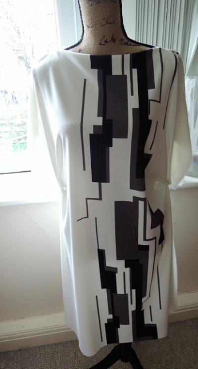 chart dress
