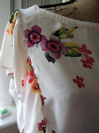 Burda Style 変形バージョン!花柄のフリルブラウス完成(失敗)!